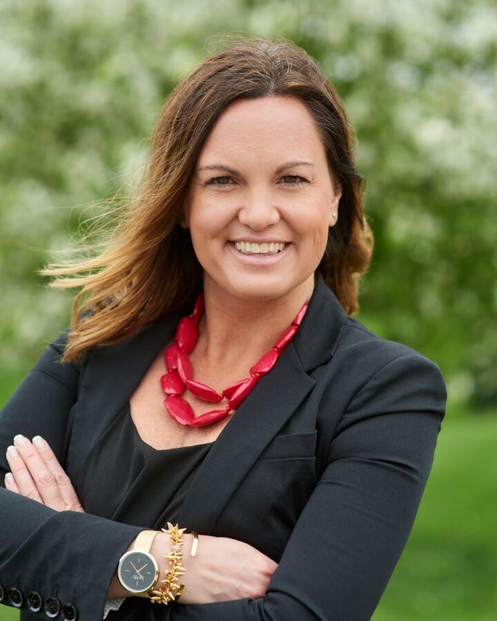 Mandy Berg, BROKER | REALTOR® in East Peoria, Jim Maloof Realtor