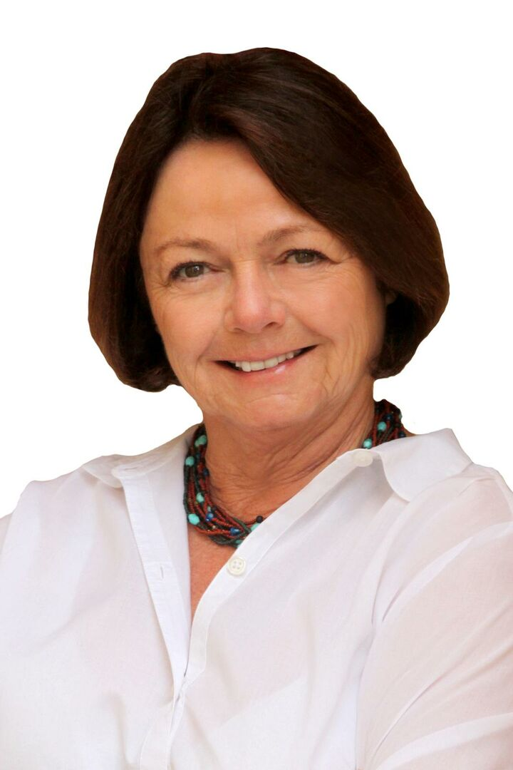 Gail Wayne, Realtor in La Quinta, HK Lane Palm Desert