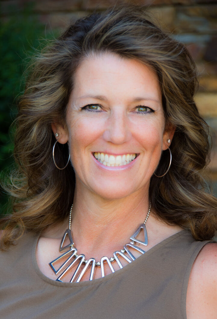 Liz Dobyns, Realtor/Broker in Bellevue, Windermere