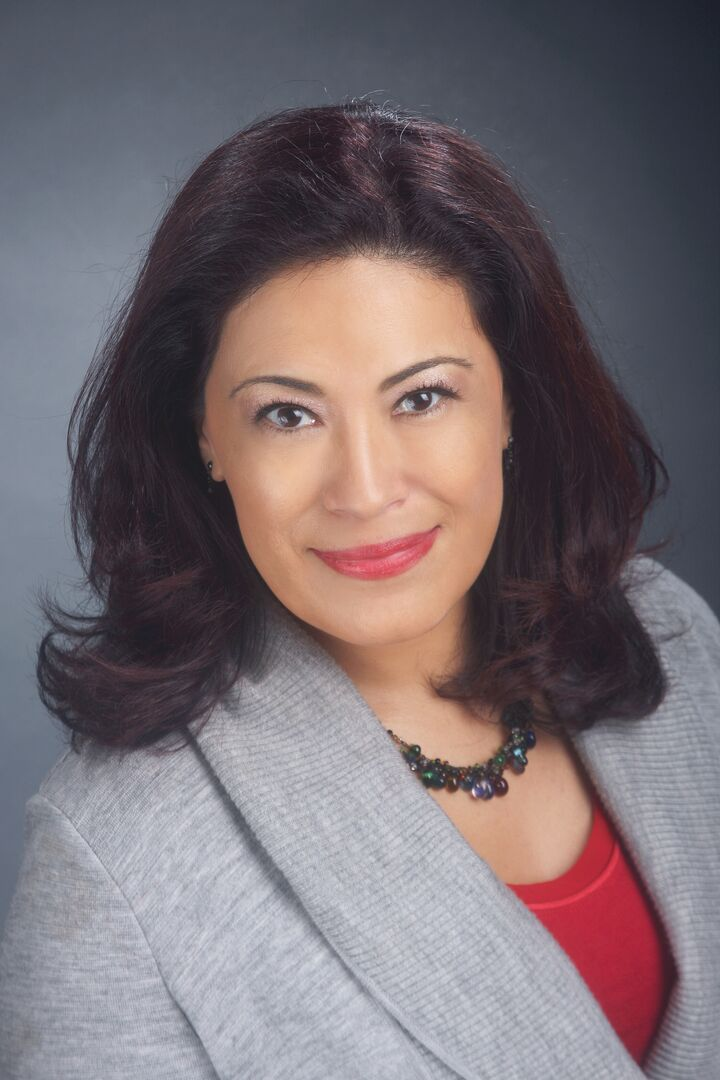 Angelica Valdes, Broker in Seattle, Windermere