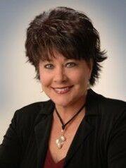 Betsy Loring, NYS LICENSED ASSOCIATE REAL ESTATE BROKER - #30LO1023971 in Ithaca, Warren Real Estate