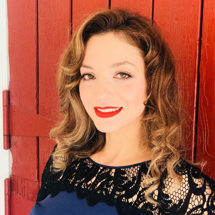 Sanaz Siry, REALTOR® in San Diego, Windermere