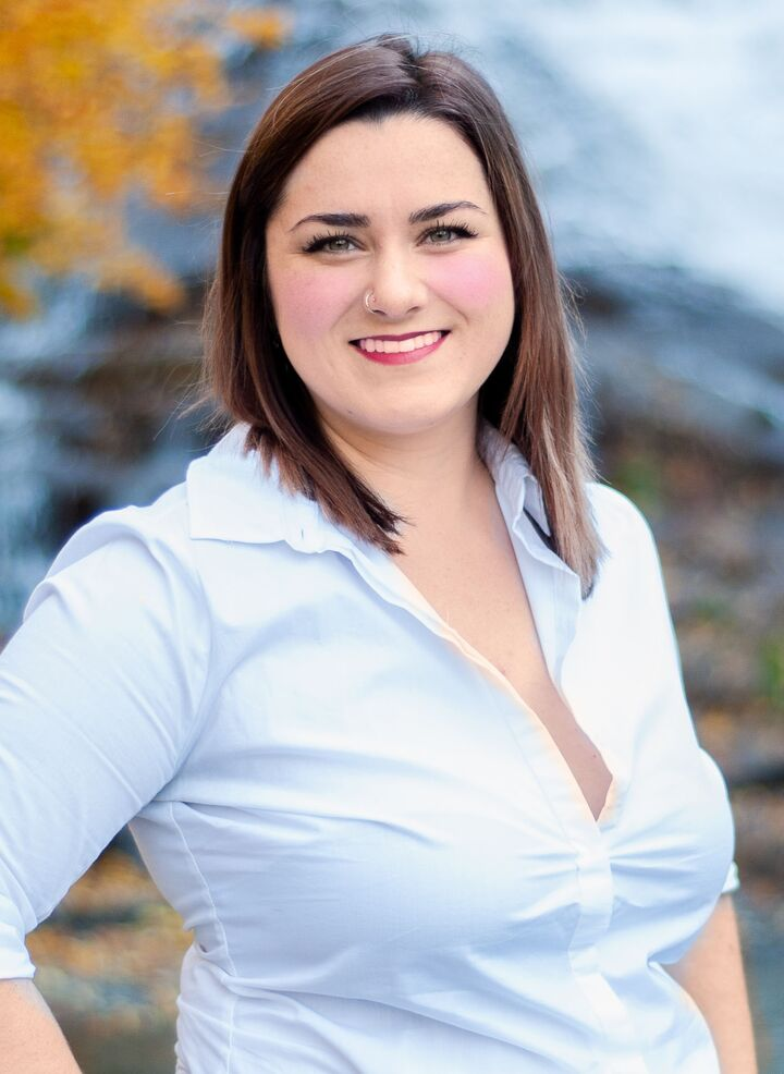 Hannah Beardsley, NYS LICENSED REAL ESTATE SALESPERSON - #10401336358 in Ithaca, Warren Real Estate