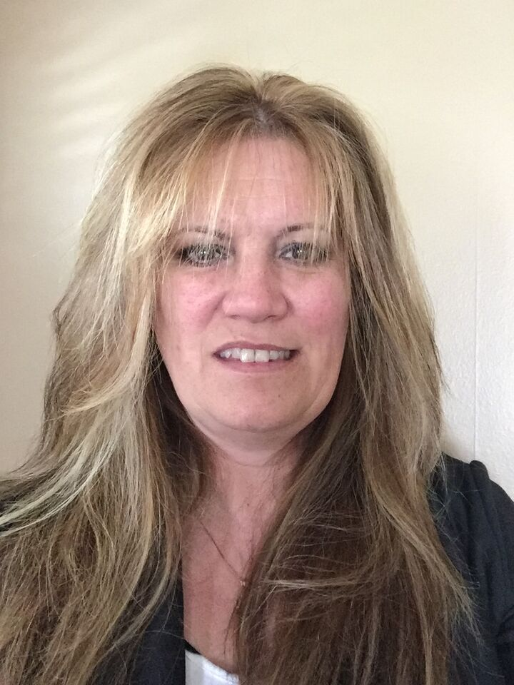 Terri Flesch, Broker Sales Associate in Hamilton Square, Weidel Real Estate
