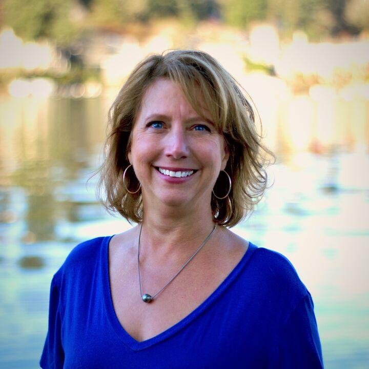 Karen McLaughlin, Real Estate Broker - Licensed in Oregon in Lake Oswego, Windermere