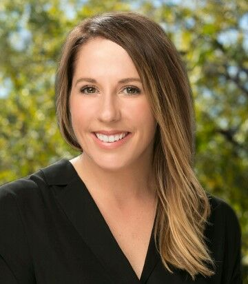 Jessica Nemire, Realtor in Los Altos, Sereno