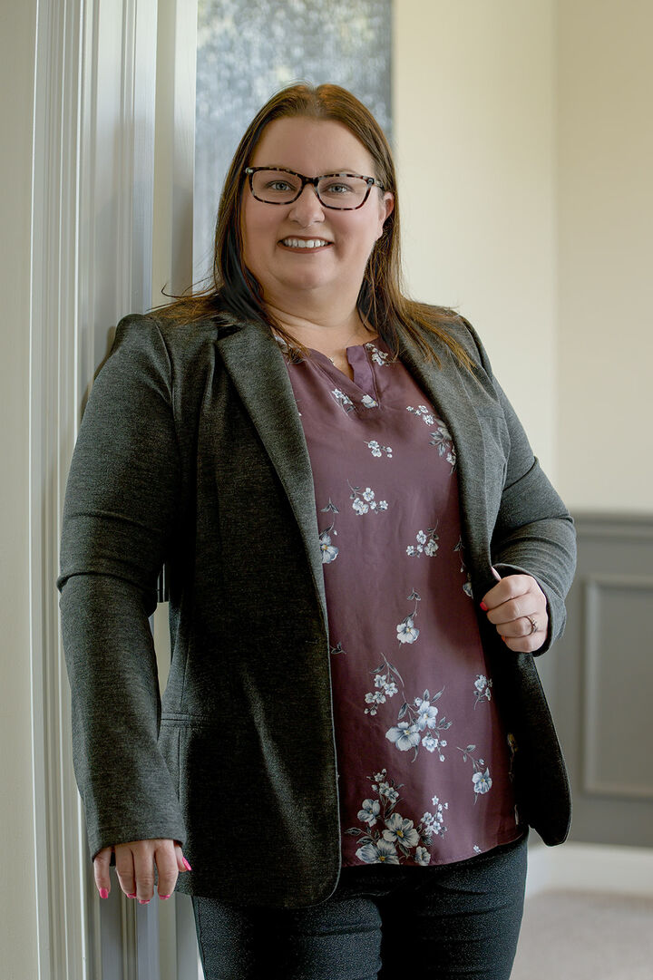 Angi Oakes, REALTOR  | Trusted Advisor in Greenwood, BHHS Indiana Realty