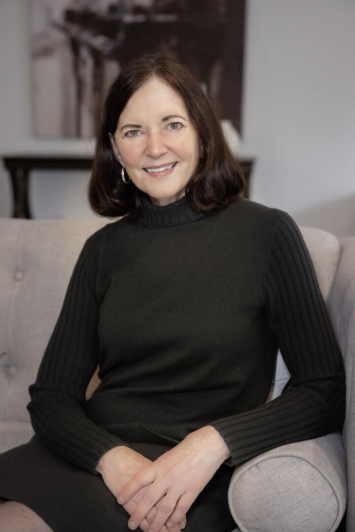 Susan Beals, Broker, Certified Negotiation Expert, Seniors Real Estate Specialist in Bellevue, Windermere